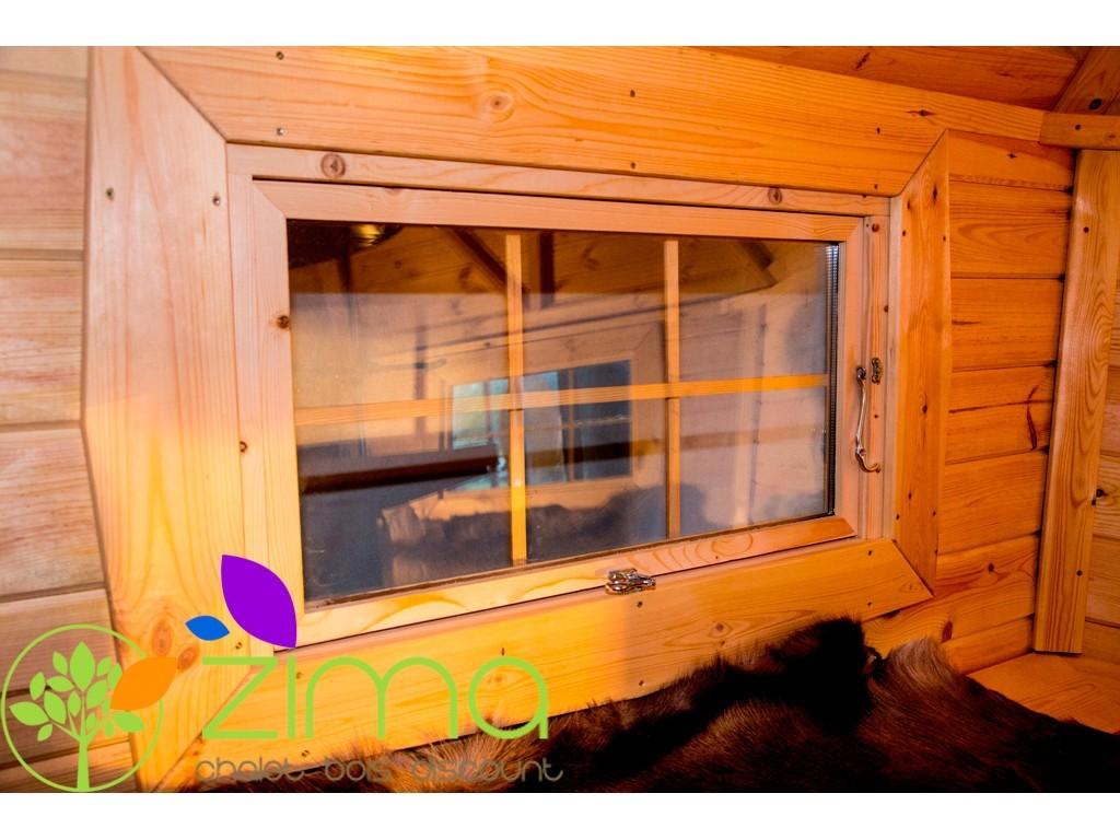 fenetre pour chalet bois fenetre pour chalet bois with fenetre pour chalet bois grandes. Black Bedroom Furniture Sets. Home Design Ideas